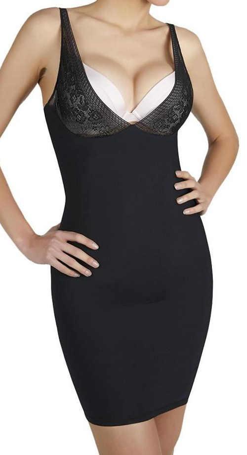 Čierna sťahujúci košieľka pod plesové šaty